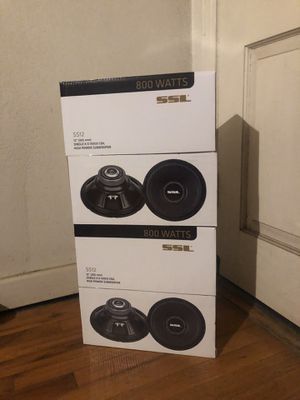 Two brand new speakers for Sale in Madera, CA