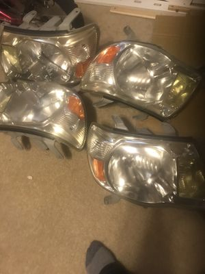 Head lights for Toyota Tacoma 2005 to 2015 only $125 for Sale in Oxon Hill, MD