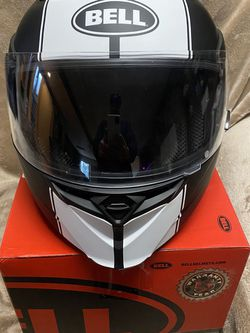 Bell revolver Evo Helmet Sz Large for Sale in Seattle,  WA
