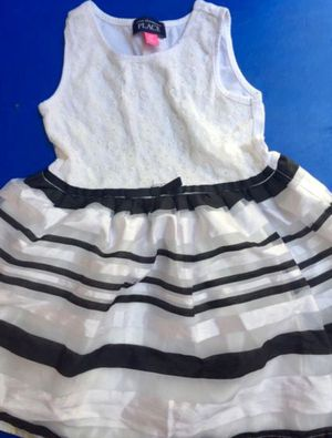 Children's place dress size 3T for Sale in Bell Gardens, CA