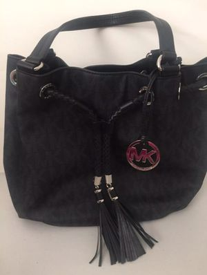 Michael kors gathered tote for Sale in Pittsburgh, PA
