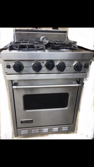 "24"" Viking hood and stove for Sale in Los Angeles, CA"