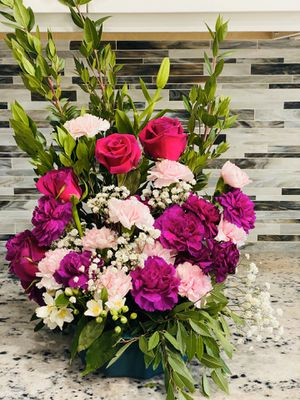 Flowers for sale 💞 for Sale in Corona, CA