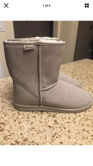 The Realm Boots With Woolmark Wool Lining Women's Size 11M Unisex Beige (Porter Ranch) for Sale in Los Angeles, CA