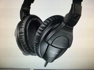 Brand NEW Sennheiser -HD 280 PRO Closed -Back Headphone for Sale in Kirkland, WA