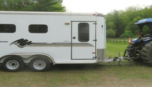 I'AM SELLING A ALMOST NEW 2 Horse TRAILER. for Sale in Evansville, IN