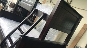 New Pinewood bunk beds with mattresses for Sale in Santa Monica, CA