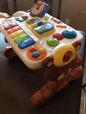 Vtech 2-in-1 activity discovery table music works great! for Sale in Clovis, CA