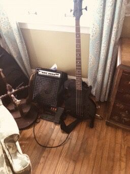 Epiphone Les Paul Bass Special Edition for Sale in Strasburg, PA