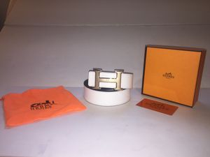 Hermes White and Black Reversible Gold Buckle Belt for Sale in New York, NY