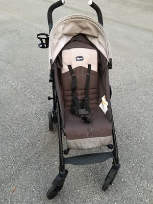 Chico lightweight baby stroller for Sale in FL, US