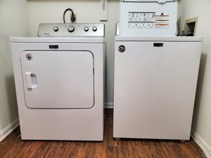 Maytag Washer and Dryer Set (10 yr warranty) for Sale in Dublin, OH