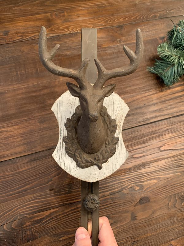 Awesome holiday wreath door hanger
