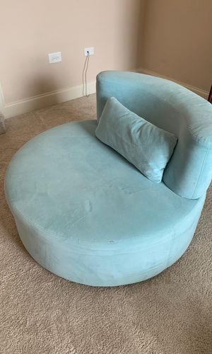 Swivel chair for Sale in Nolensville, TN