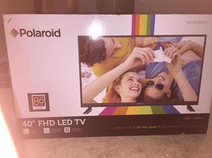 40 inch Polaroid LED TV brand new in the box for Sale in Parlier, CA