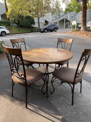 Dining table for Sale in Martinez, CA