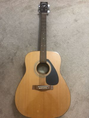 Yamaha F-310 Acoustic Guitar for Sale in Santa Monica, CA