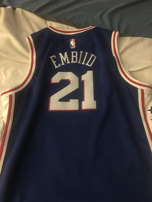 NBA Authentic Youth XL Jerseys for Sale in Romeoville, IL
