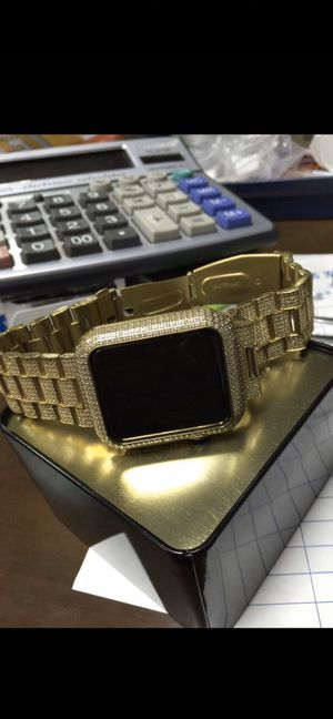 Custom your own Apple Watch with some VVS1 diamonds for Sale in Hawthorne, CA