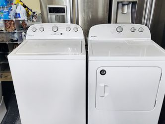 WHIRLPOOL WASHER AND DRYER for Sale in Vancouver,  WA