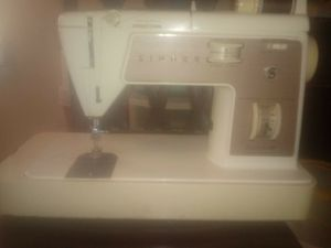 Singer Sewing Machine for Sale in Portsmouth, VA