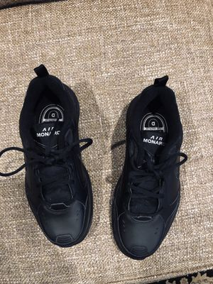MENS ALL BLACK AIR MONARCH SIZE 7 1/2 for Sale in Los Angeles, CA