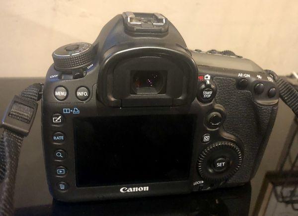 Canon 5D Mark III Digital SLR Camera with 24-105mm f/4 Canon Lense & Accessories