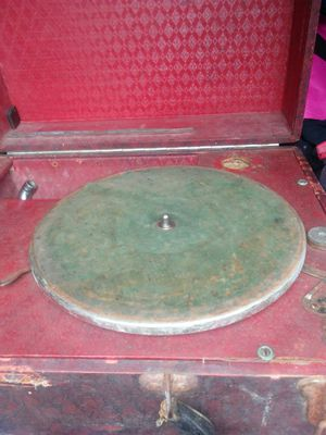 OLD RECORD PLAYER for Sale in Salem, VA