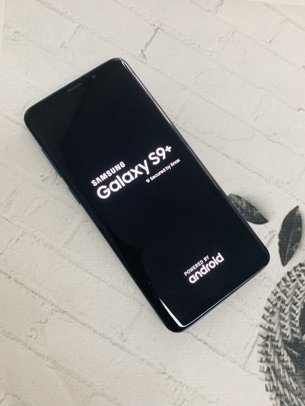 Samsung galaxy S9 plus 64gb with warranty