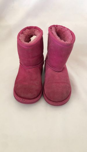 Used 2 pairs Boots shoes for Girls UGG SZ 12 - Minnietonka hello kitty sz 12 for Sale in City of Industry, CA
