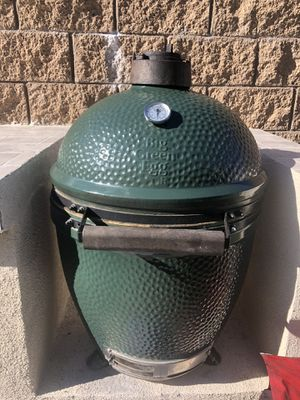 Big Green Egg Large Size with tons of accessories for Sale in Santee, CA