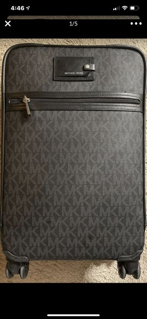 MK suitcase luggage $210 for Sale in Arlington, TX