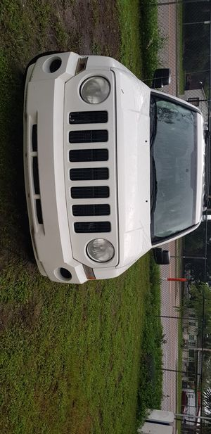 Jeep patriot 2009 for Sale in Gibsonton, FL