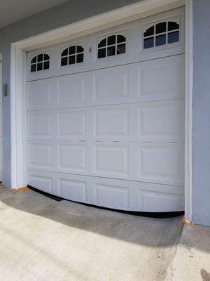 8 x 7 short panel garage door for Sale in Bell Gardens, CA
