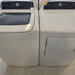 Frigidaire Tap Load Washer And Electric Dryer Set Used In Good Condition With 90day's Warranty for Sale in Washington, DC