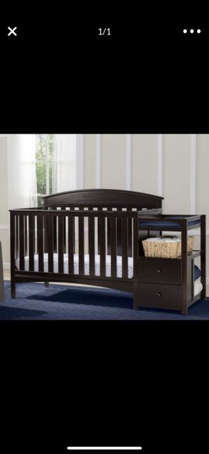 Baby Crib With Mattress. for Sale in Phoenix, AZ