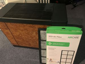 Humidifier with new filter for Sale in Franklin Park, IL