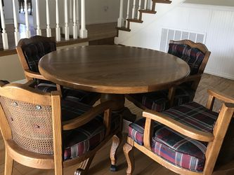 Game Table And 4 Chairs for Sale in Claremont,  CA