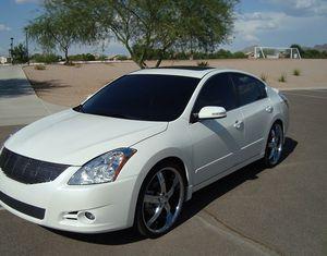 Nissan Altima 2009 Michelin tires for Sale in Detroit, MI