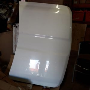 2015 To 2019 Chevy 2500 3500 Hood 6.0 White for Sale in Miami, FL
