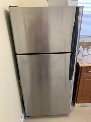 Stainless steel refrigerator freezer for Sale in Miami, FL
