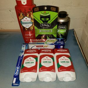 Old Spice Mens Bundle Lot for Sale in Erie, PA