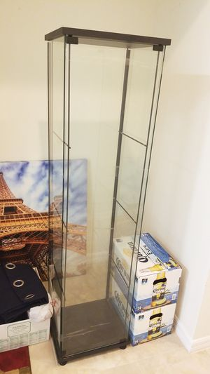 Glass Show Case for Sale in Riverview, FL