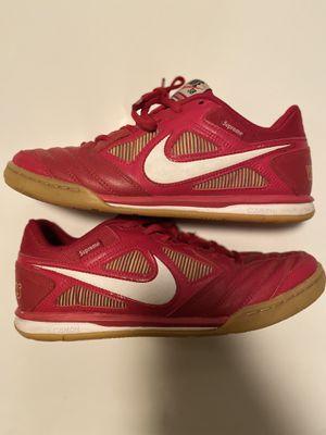 Supreme x Nike SB Gato Size 8 AR9821-600 for Sale in Zachary, LA