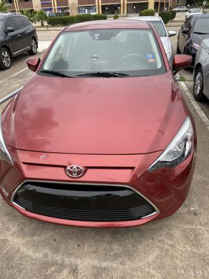 Toyota Yaris 2017 2800 mileage for Sale in Houston, TX