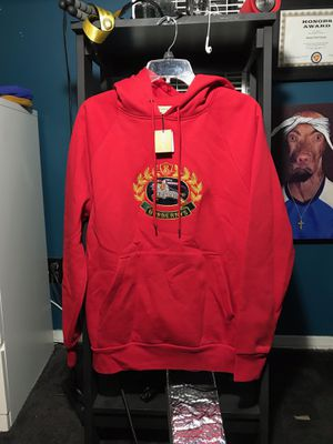 Burberry Reissued Embroidery Hoodie Size Small for Sale in South Gate, CA
