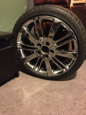 18inch chrome rims $400 OBO for Sale in Newark, NJ