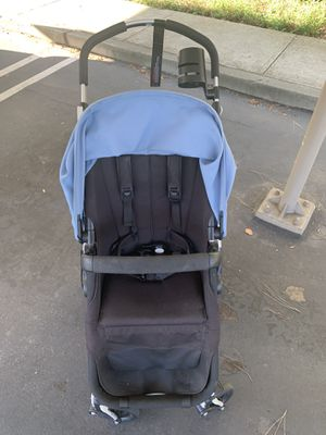 Bugaboo Cameleon3 Stroller with cup holder and bussinet for Sale in Mountain View, CA