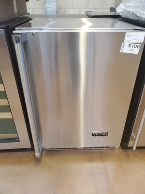 Viking Undercounter Refrigerator for Sale in Alta Loma, CA