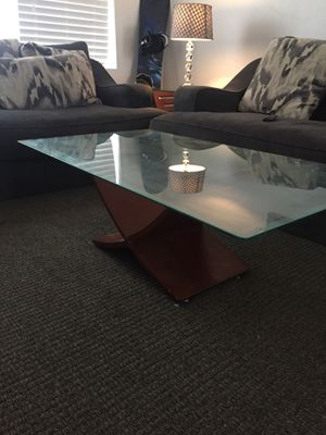 Coffee table end tables and two lamps for Sale in Salt Lake City, UT